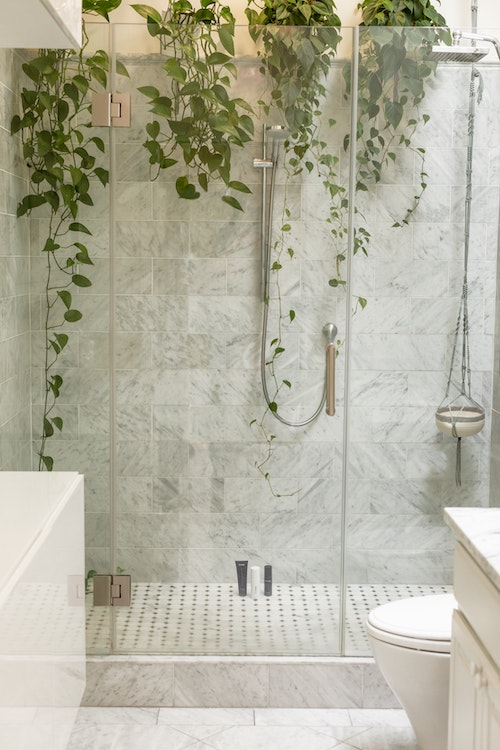 Unique bespoke showerscreen