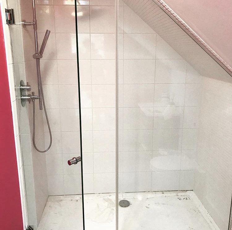 Showerscreen replacement